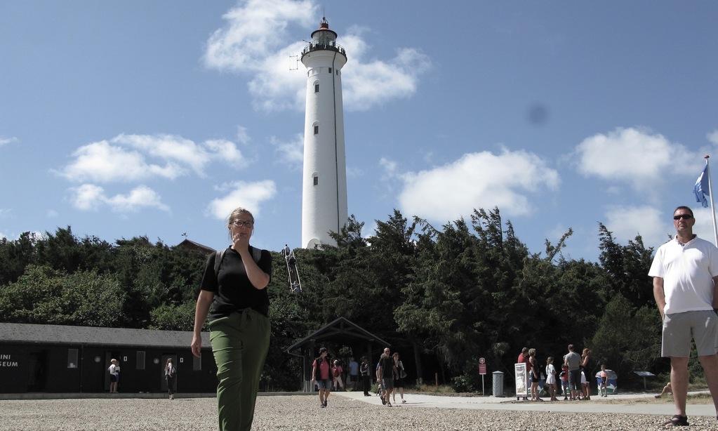 Lyngvig Fyr. De 228 trappetrin til fyrets top belønnes med en udsigt 53 meter over Vesterhavet