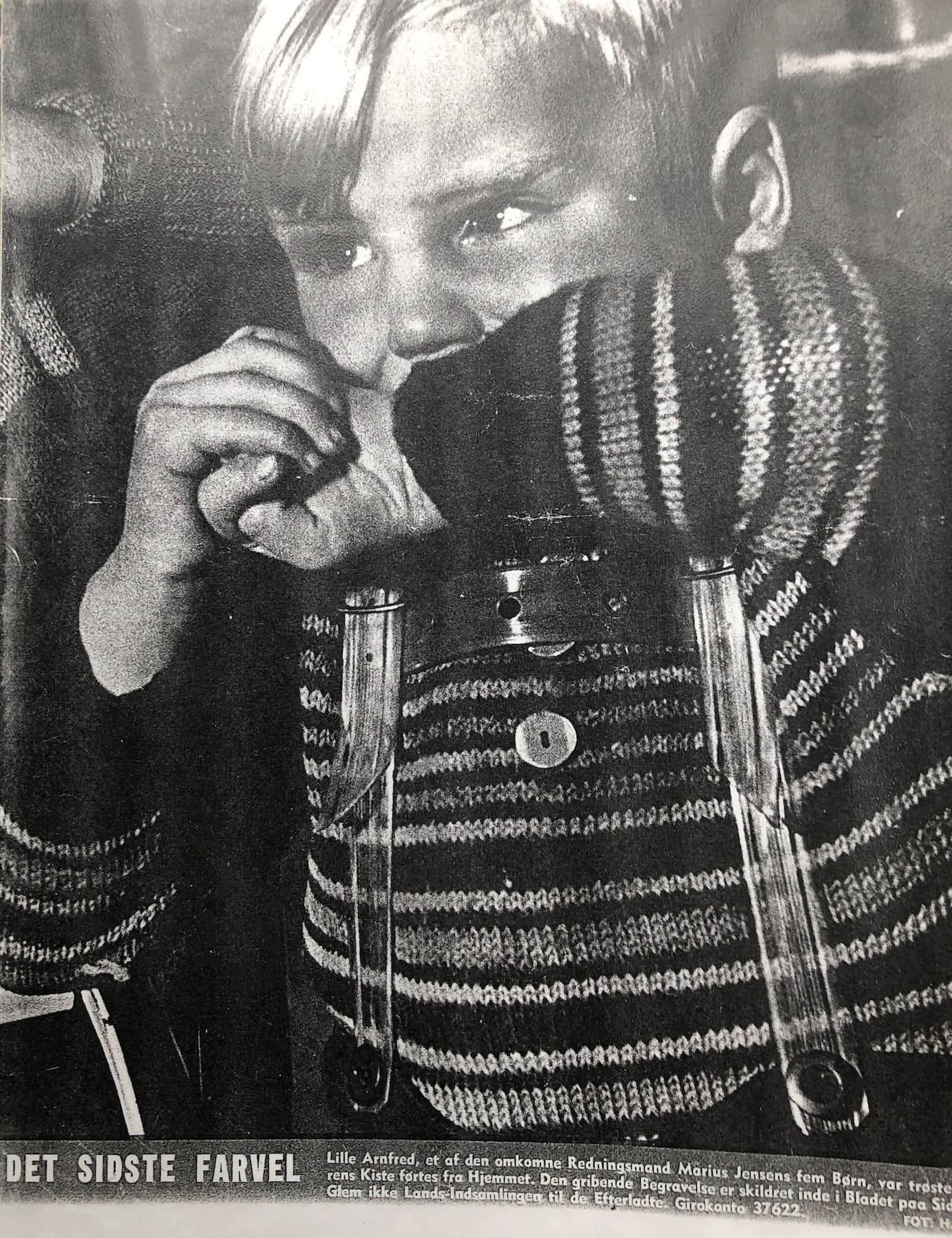 BilledBladet gik ganske tæt på, da bladet i december 1951 skildrede sorgen efter redningsulykken i Hvide Sande